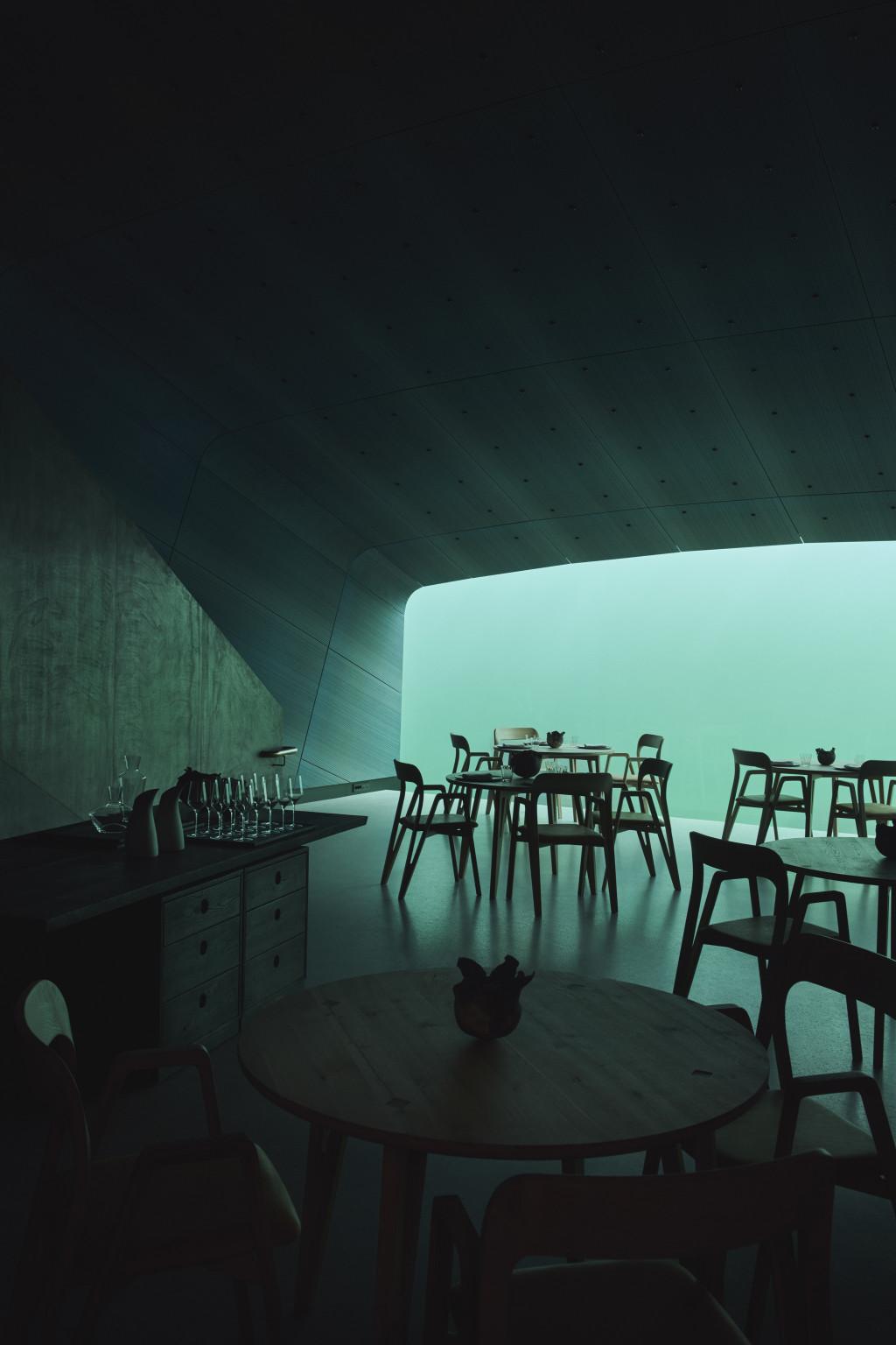 vízalatti étterem