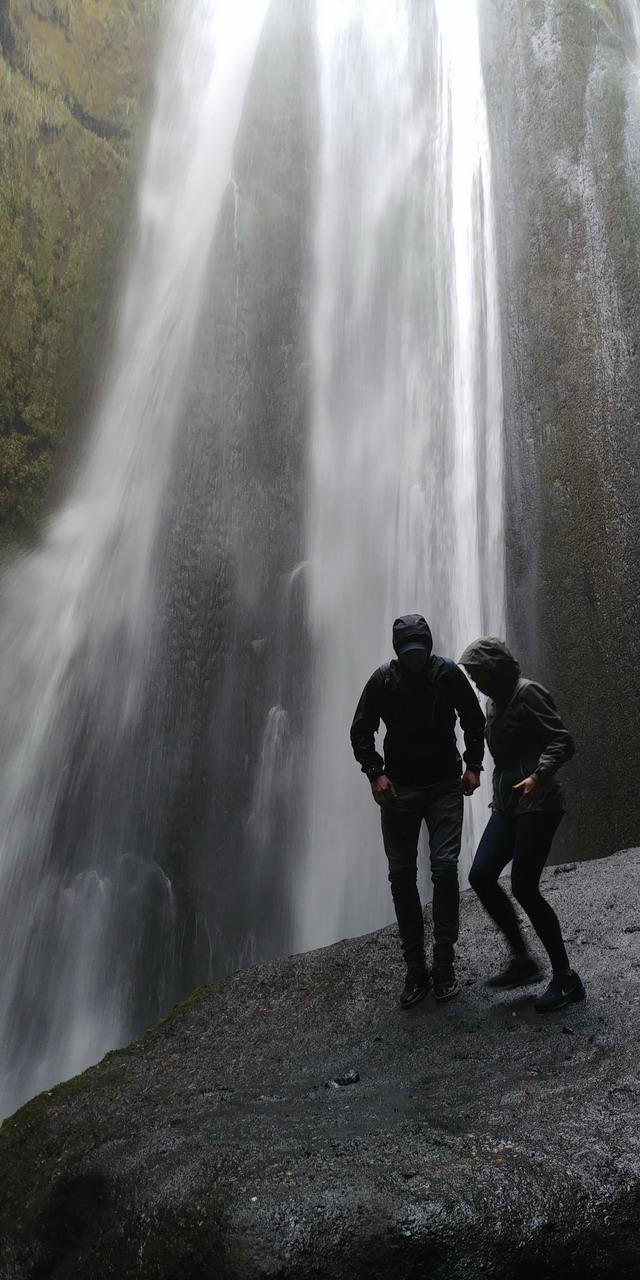 Gljufrafoss-vizeses-izland