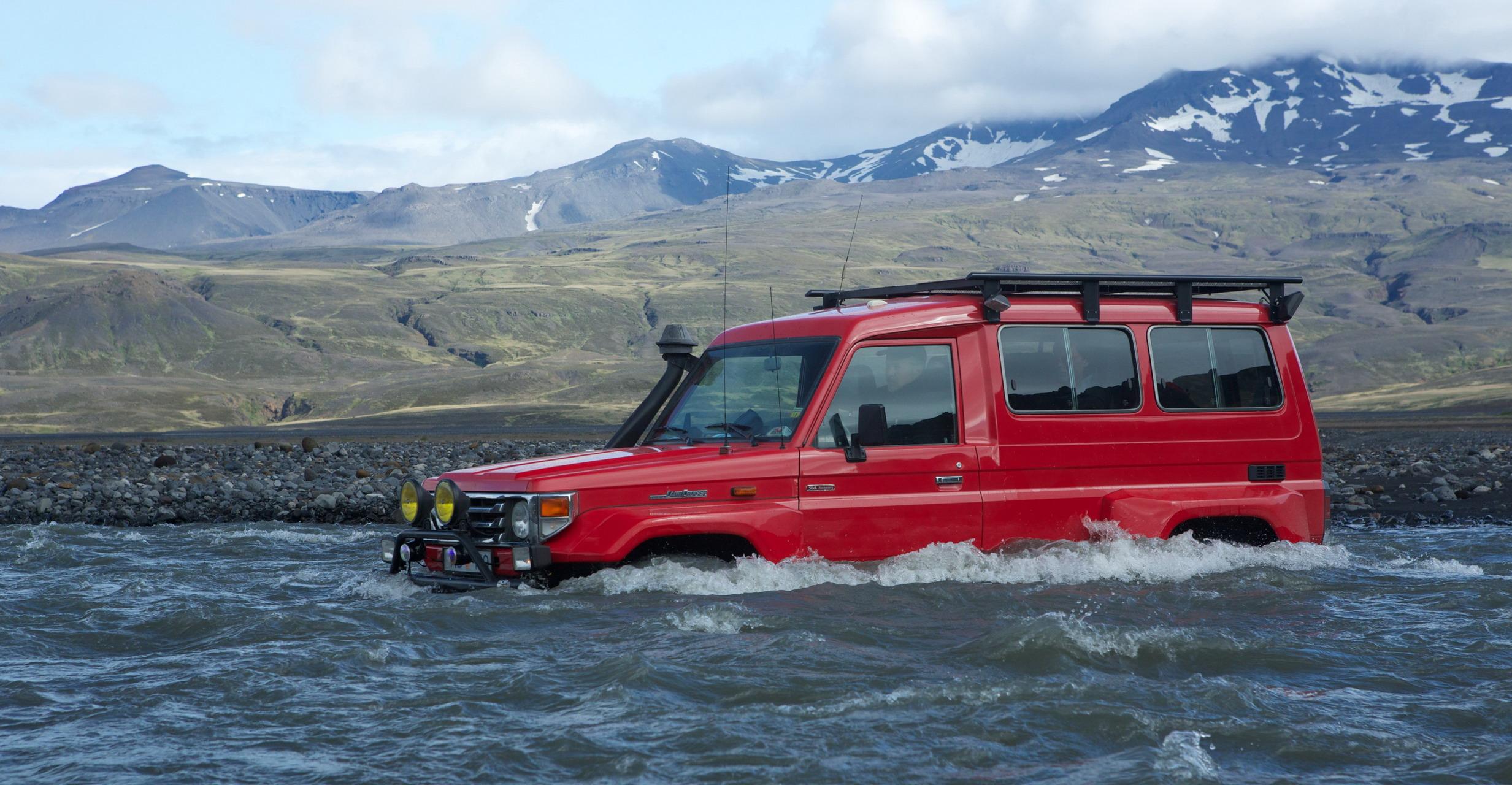 Izland autóbérlés autókölcsönzés