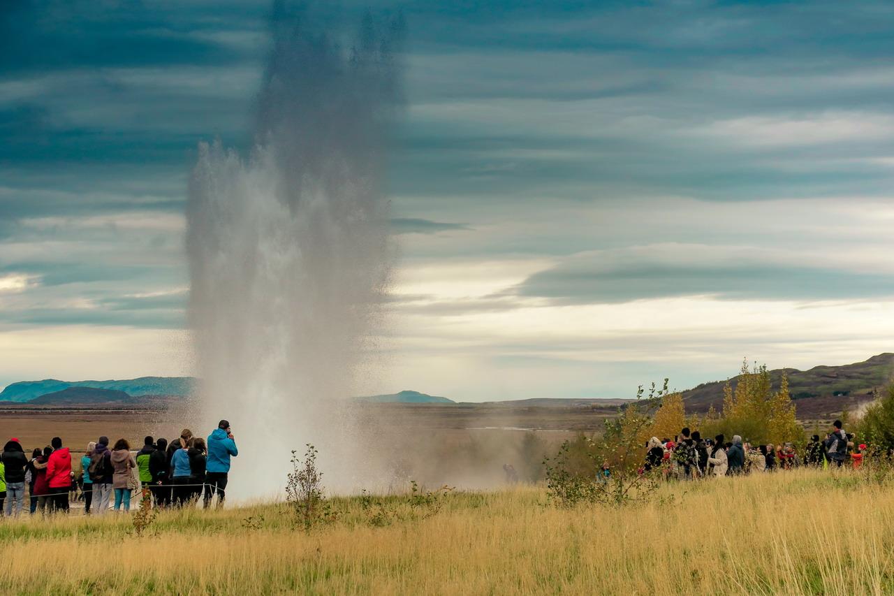 Izland Strokkur gejzír