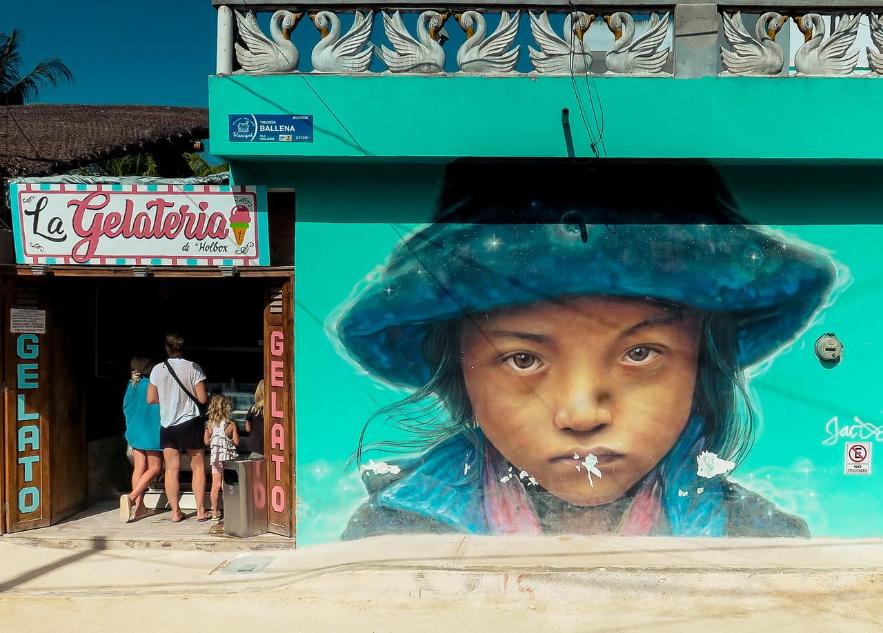 Holbox streetart graffiti