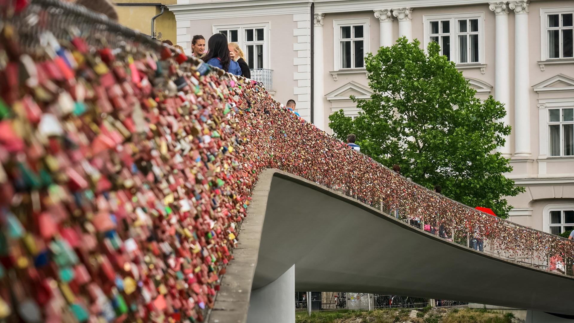 Salzburg híd lakatok
